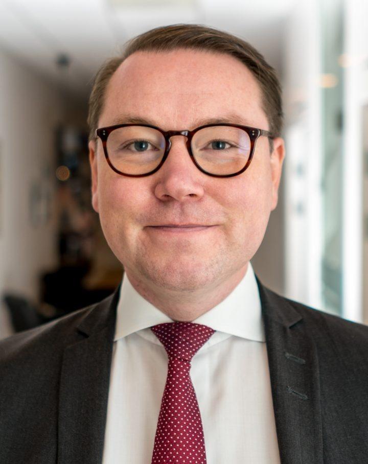 Fredrik Engström väljs till ordförande för Svensk Inkasso